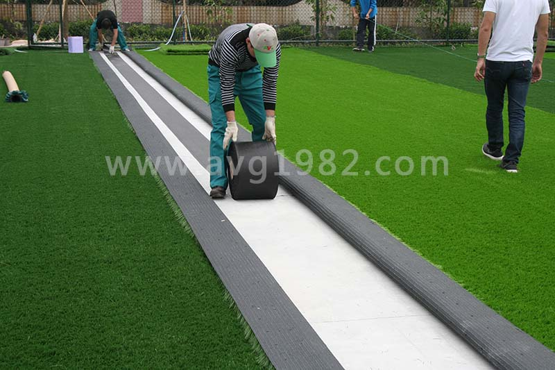How to install sport artificial grass?